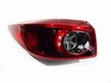 Mazda 3 BM задний левый фонарь в крыло