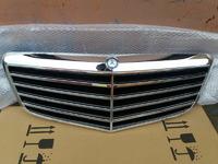 Mercedes W211 решетка радиатора AMG